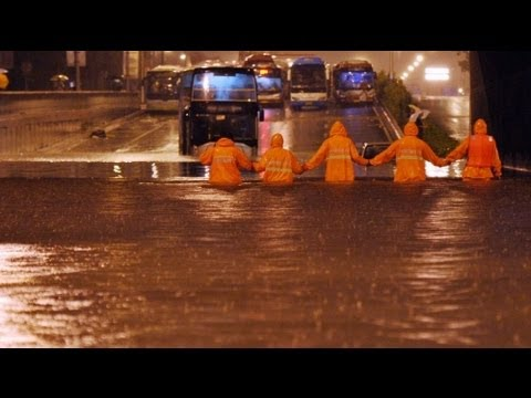 Image of No Comment: Video heavy rainfall in Beijing 21.07.2012 - 在北京重雨