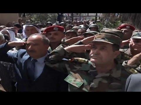 Syrische Armee hisst Flagge über Daraa, dem Ort des A ...