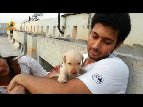 Video Uday Kiran & his wife Vishitha's Happy Days - An Exclusive Must Watch Video! download in MP3, 3GP, MP4, WEBM, AVI, FLV January 2017