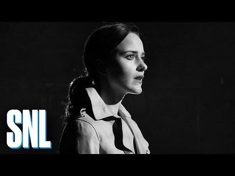 Rachel Brosnahan Solves an SNL Mystery