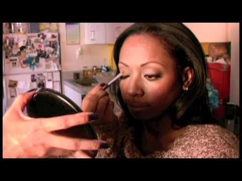 0 Mastering Make Up