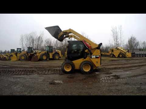 CATERPILLAR MINICARGADORAS 242D equipment video U3-piZbIAq8