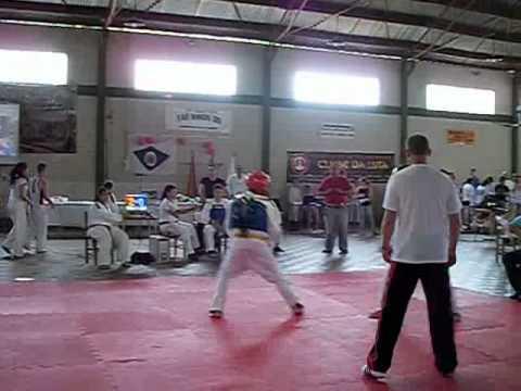 campeonato de taekwondo em Victor Graeff     Felipe do Erechim Taekwondo Clube.avi