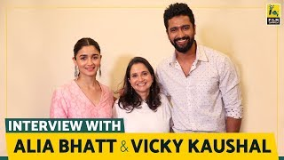 Video Alia Bhatt and Vicky Kaushal Interview with Anupama Chopra | Raazi | Film Companion MP3, 3GP, MP4, WEBM, AVI, FLV Juni 2018