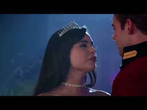 A Cinderella Story: If the shoe fits - Tessa & Reed kiss scene