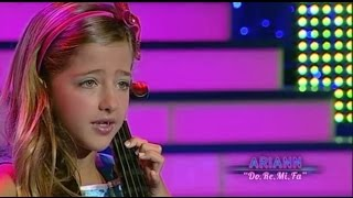 Final del concurso de televisión Canta mi niño This song is called Do-Re-Me and is a song from the sound of music. It is sang by...