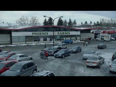 Kara Tee Joke + Car Glitch (Fargo, Season 1, Episode 2)