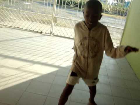 Kashane dancing Michael Jackson Smooth Criminal
