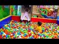 SERU! Mainan Anak Perosotan di Kolam Mandi Bola Balls Pit Taman Bermain Anak