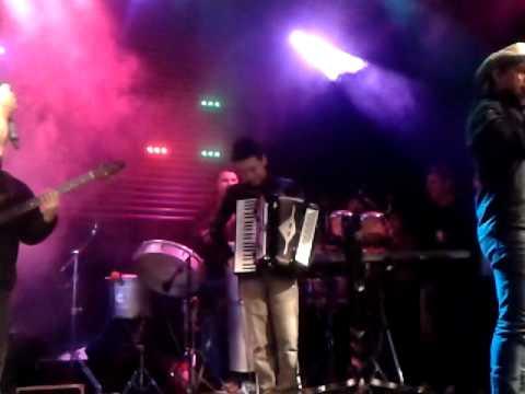 Eric Matheus Show Itaperuçu apresentação da banda