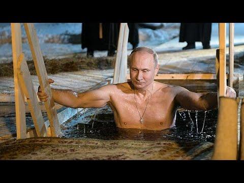 Βουτιά Πούτιν σε παγωμένα νερά για τα Θεοφάνεια
