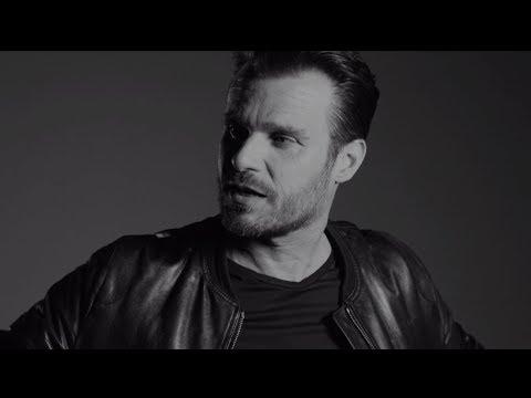 Leoš Mareš & Karel Gott - Být stále mlád (oficiální video)