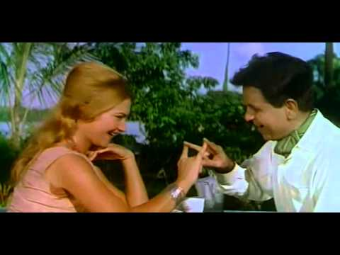 Video ALL TIME GREATEST ACTOR IN A COMEDY SCENE download in MP3, 3GP, MP4, WEBM, AVI, FLV January 2017