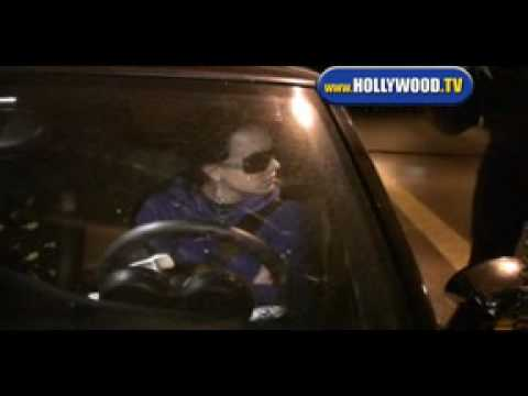 hollywoodtv - Britney Spears Gets Denied at Four Seasons Hotel in Beverly Hills. 12-15-07.
