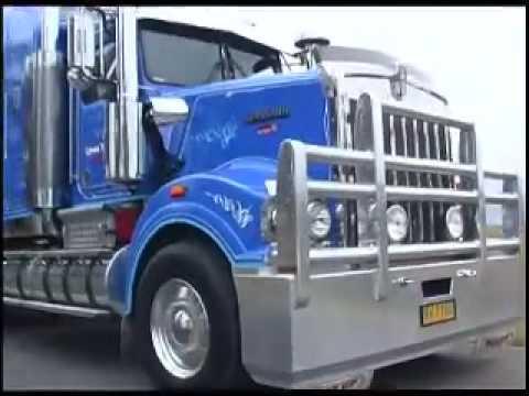 Грузовики Lyons Transport trucks