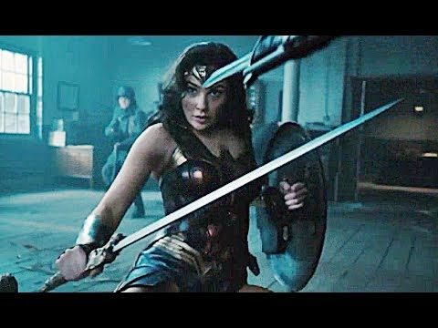 Wonder Woman (Clip 'Stay Here')