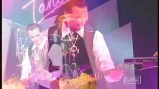 دانلود موزیک ویدیو می خوام بدونی گروه بلک کتس
