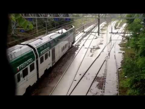 """Varese: i binari della ferrovia """"annegati"""""""
