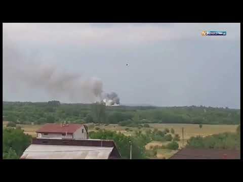 Pożar składowiska odpadów we Wloszczowie.