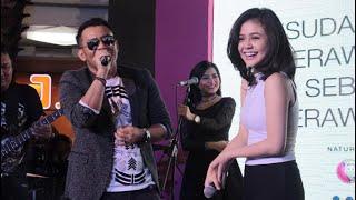 Maizura with Judika at Mal Ratu Indah Makassar on 13th August 2016