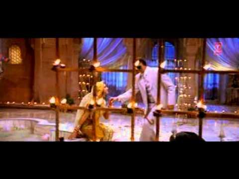 Mujhe Pyar Do (Full Song) Film - Ab Tumhare Hawale Watan Sathiyo
