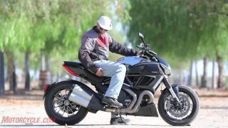 3. 2012 Ducati Diavel Cromo vs Star VMAX - Arm-wrasslin' among titans