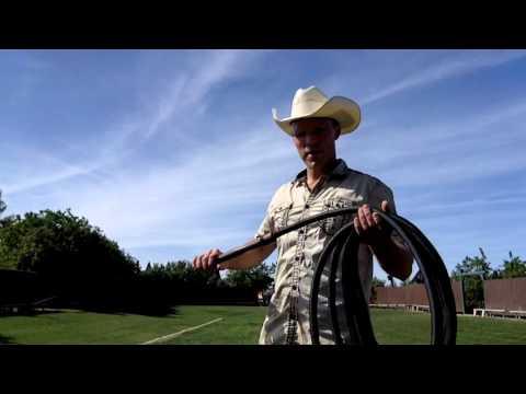 Bullwhip Cracking: 35 ft Blacksnake Whip (видео)