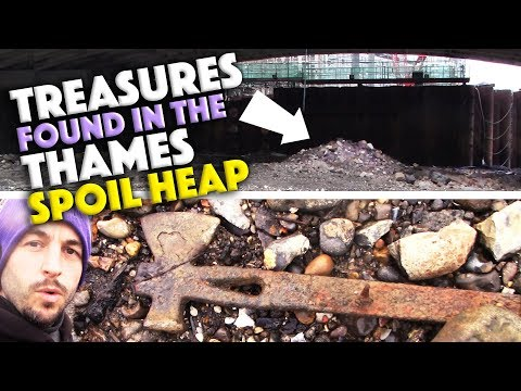 TREASURES found in The Thames spoil heap - Mudlarking with Si-finds