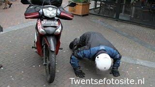 Video Luar Biasa, Bule Belanda Ini Pulang Kampung Pake Honda Supra X 125CC! MP3, 3GP, MP4, WEBM, AVI, FLV Mei 2018