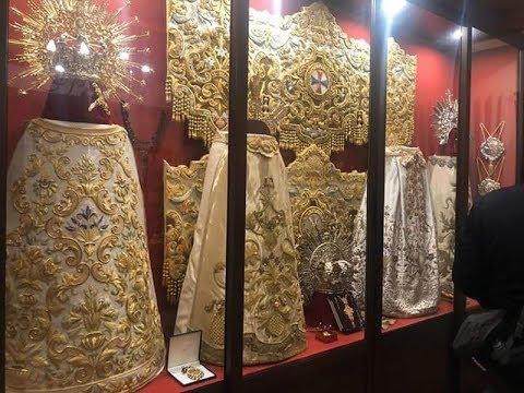 Inauguración Vitrina Expositiva del Ajuar de la Virgen de la Paz.