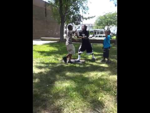 Kitty fight gon bad ggg (видео)