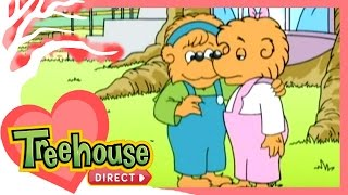 Video The Berenstain Bears: Hug and Make Up / Big Road Race - Ep. 32 download in MP3, 3GP, MP4, WEBM, AVI, FLV Mei 2017