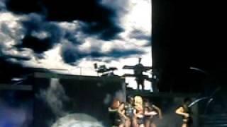 Britney En Chile: Sexy Assasin