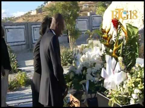 Le Président élu de la République, Jovenel Moïse a déposé une gerbe de fleurs en mémoire