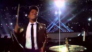 Video Bruno Mars - Locked Out Of Heaven - Super Bowl MP3, 3GP, MP4, WEBM, AVI, FLV Februari 2018