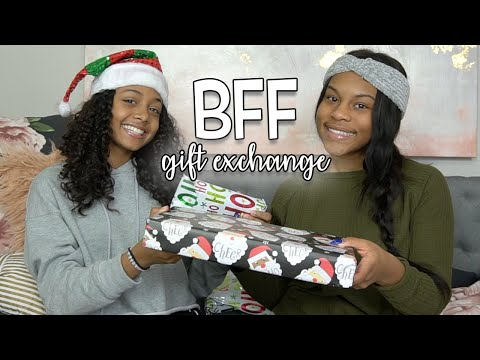 Does She Like Her Gift?  Bff Gift Exchange (she Cries) - Vlogmas Day 22