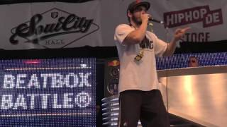 Watch the elimination round of Slizzer from Luxembourg live on stage at the Frauenfeld Beatbox Battle in Switzerland. The whole competition was judged by ZeDe from Switzerland, Zeero from Germany and Penkyx from Belgium. The contest was produced by Bee Low for Beatbox Battle TV with the support of Flimme TV and AEE Cameras as a side event of the Frauenfeld Openair Festival. #BBBTVBBB³TV = BEAT BOX BATTLE TELEVISION ♪ Battles - Interviews - Showcase - FreestyleHome: http://BeatBoxBattle.TV Profile: http://google.com/+BeatBoxBattleTV Beatbox Battle® World Championship - Convention Days - Club Caixa da Batida Bôite à Rythme Bit Boks κτυπήστε το κιβώτιο Mond Percusie 拍 子 盒 Scatola di Battute 비트박스 коробка удара 敲打箱子 Vocale Percussie صخبا الطرق Bittaus Vocal Percussion Maultrommel Special FX Sound Mouth Drumming A cappella