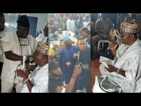 SEE HOW SAHEED OSUPA SPRAY MONEY ON MUSILIU ISHOLA ON STAGE AT RASHEED MERENGE DAUGHTER WEDDING