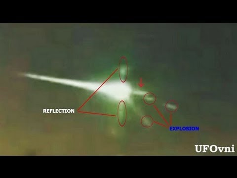 Amazing UFO attacked the meteorite to defend ourselves, Russia, Feb 15, 2013 HD