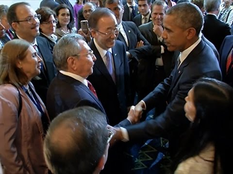 un giorno storico! obama-castro la stretta di mano aspettata da tutti