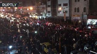 В Тегеране многотысячная толпа прощается с экс-президентом Ирана