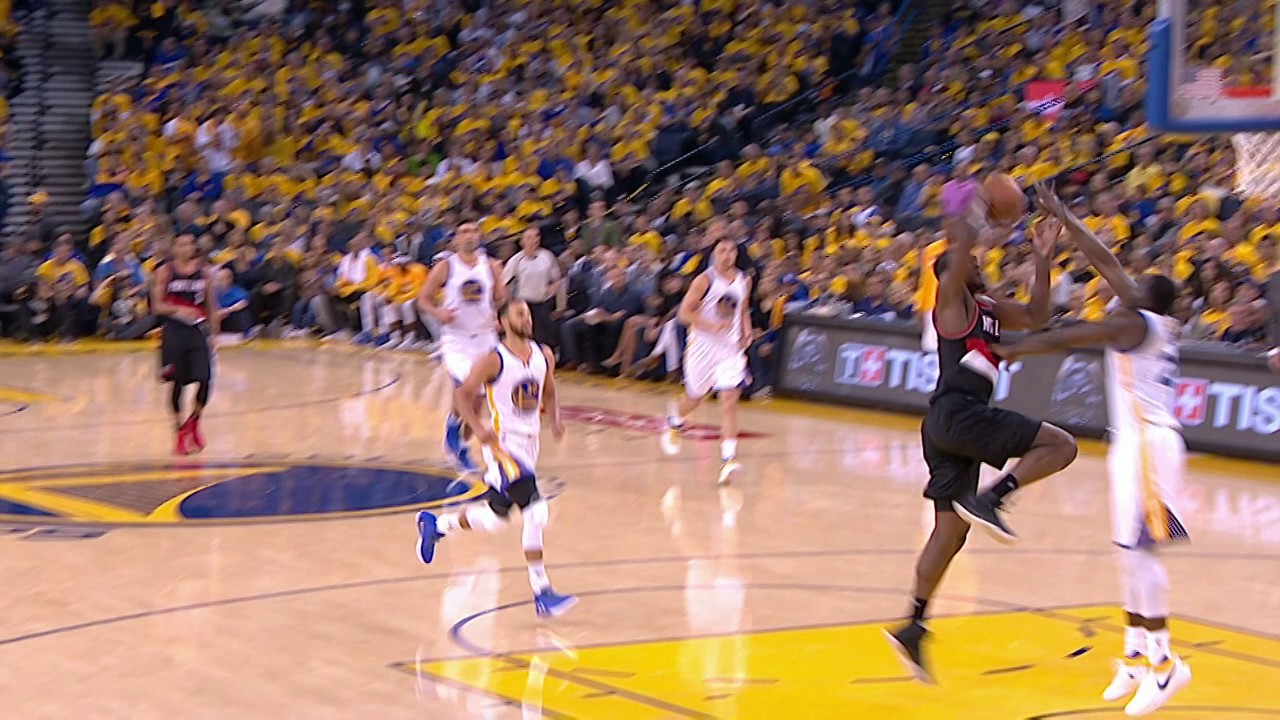 Draymond with the Denial at the Rim | April 16, 2017