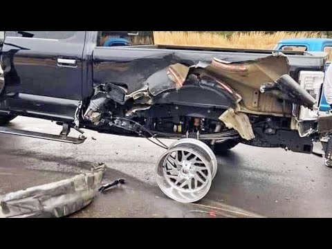 Ford Built Tough | Hilarious Trucks and Off-Road Fails And Wins