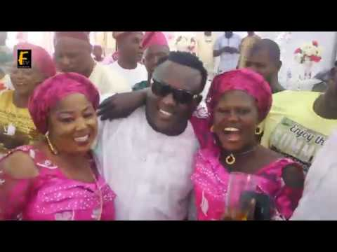 K1 De Ultimate Show Love To Fans While King Dr Saheed Osupa Bow Down For Him