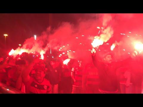 Ruas Vermelhas! A maior recepção da história a um time de futebol! Final Flamengo x Cruzeiro 2017 - Nação 12 - Flamengo