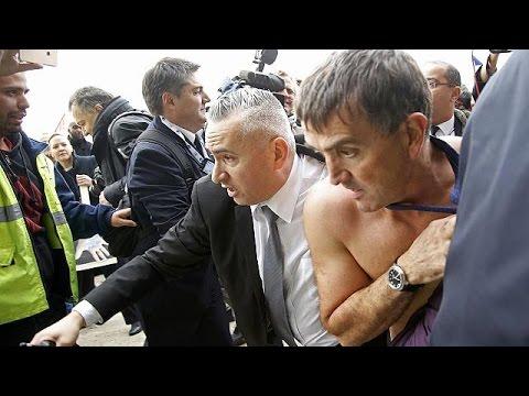 Άγρια επίθεση από εργαζόμενους σε μέλη της διοίκησης της Air France – economy
