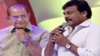 Video Mega Star Chiranjeevi | Allu Arjun | Superstar Krishna at Santosham Film Awards 2014 MP3, 3GP, MP4, WEBM, AVI, FLV Mei 2019