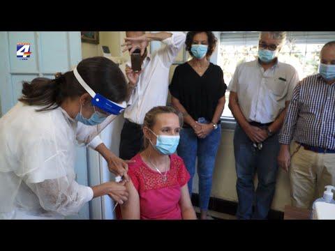 Vacunación contra Covid-19: Vacunadoras de Paysandú recibieron la primera dosis de Sinovac