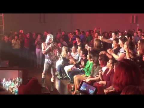 Ney Matogrosso faz show em Santa Maria