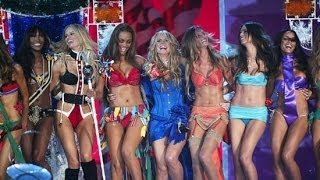 10 Sexiest Moments Ever at the Victoria's Secret Fashion Show